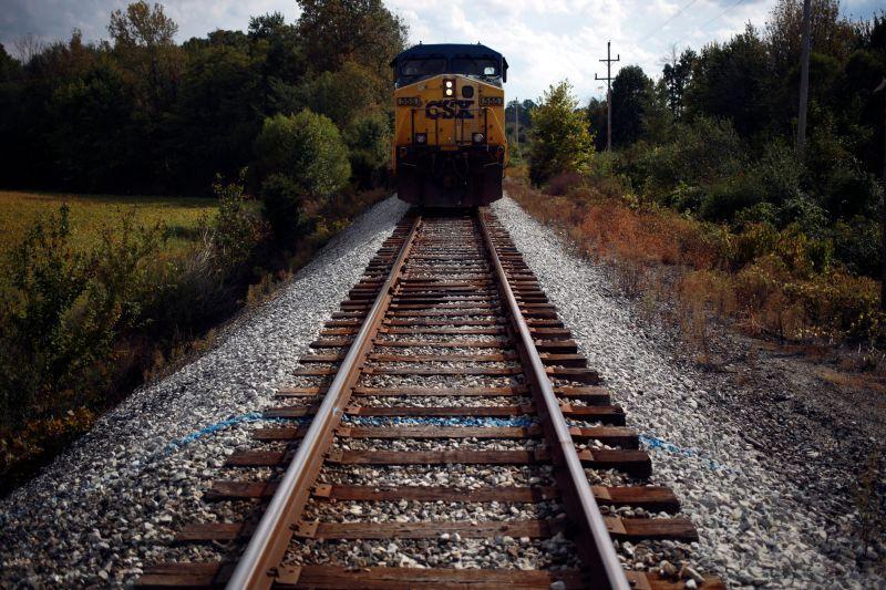 CSX train