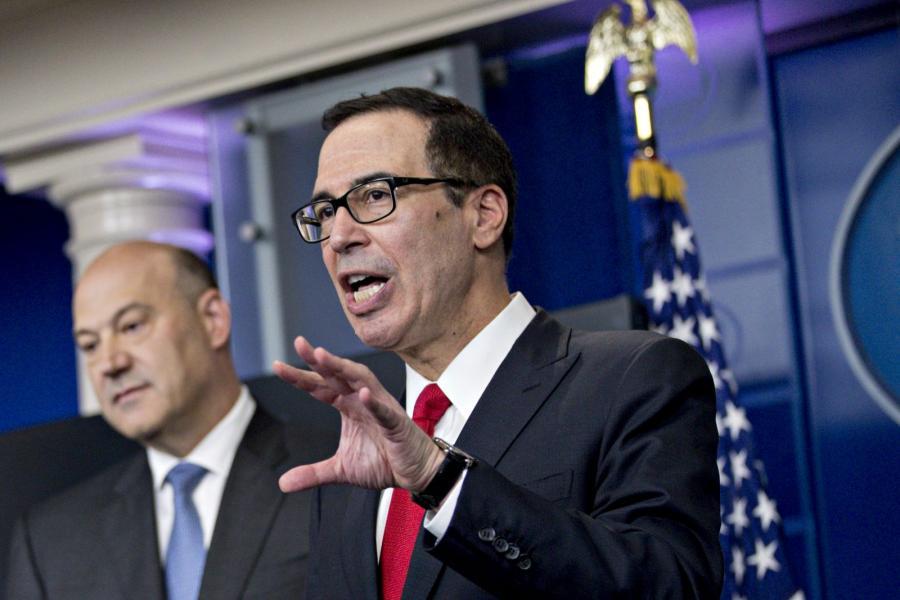 Steven Mnuchin, Treasury secretary (right), and Gary Cohn, director of the U.S. National Economic Council discuss tax reform.