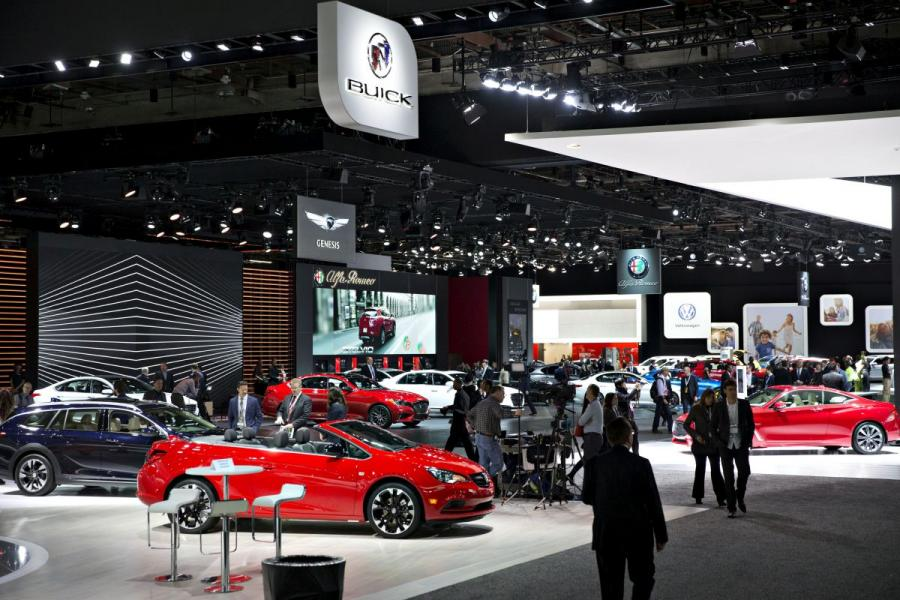 Attendees at the 2018 North American International Auto Show in Detroit, MI.