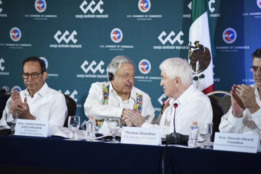 Mexico's President Andres Manuel Lopez Obrador (center left) shakes the hand of U.S. Chamber President and CEO Tom Donohue at the U.S.-Mexico CEO Dialogue in Merida, Yucatan, Mexico.
