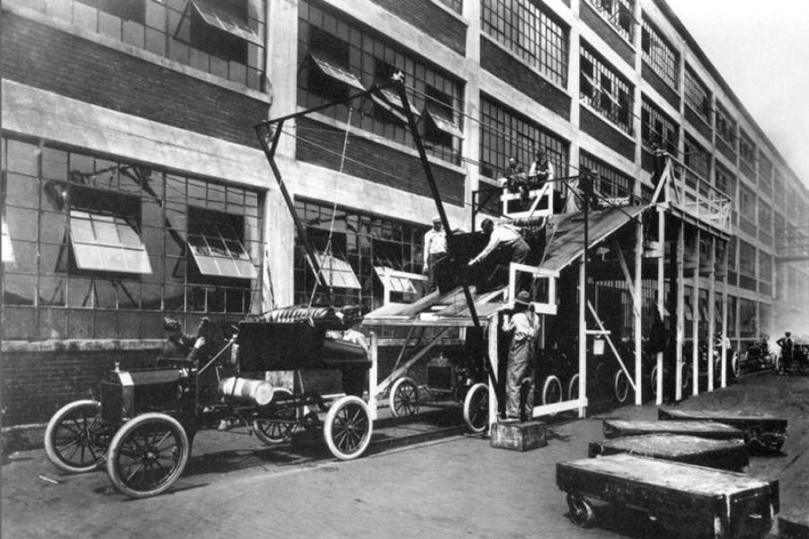 1913 photo of a Ford Model T assembly line.