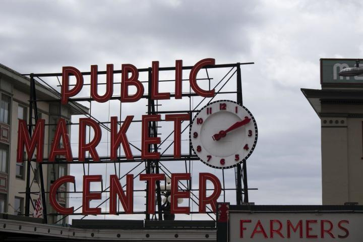 A sign outside Pike Place Market in Seattle, WA.