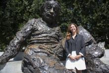 Cheryl Oldham visits the Albert Einstein Memorial for this month's Monumental Issues