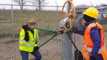 Anti-energy vandals cut a chain on an oil pipeline valve.