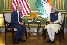 Amazon's CEO Jeff Bezos (left) and Indian Prime Minister Shri Narendra Modi.
