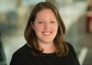 Erin Neill headshot