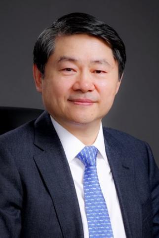 Henry Wang Head Shot