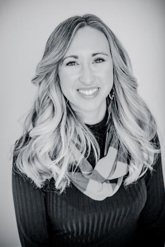 Sarah Keller, Headshot