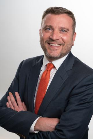 Eric Wohlschlegel headshot