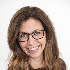 Cheryl Oldham Headshot