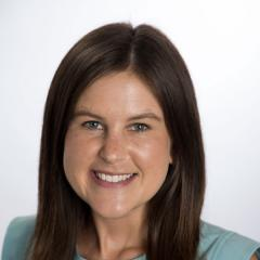 Natalie McLaughlin headshot