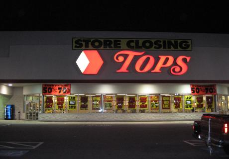 Tops Markets Store Front