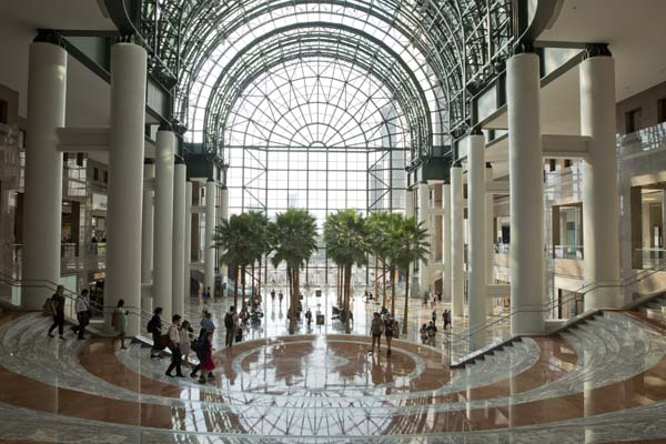 The only place in New York City you'll find Palm trees is in Brookfield Place.