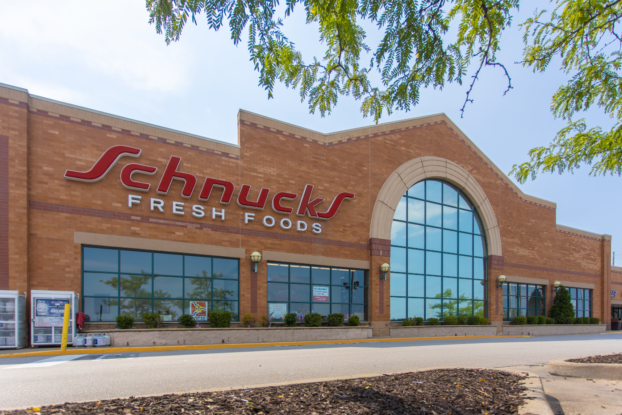 exterior of schnucks market cottleville