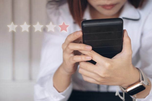 One star review on phone